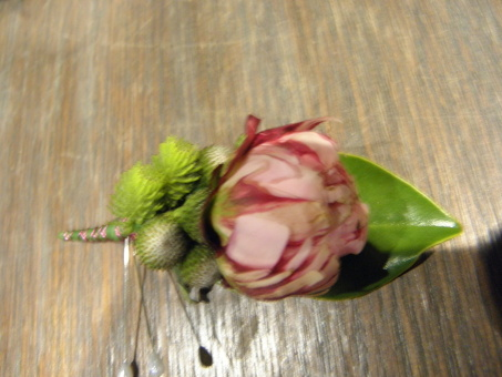 Peonie Buttonhole