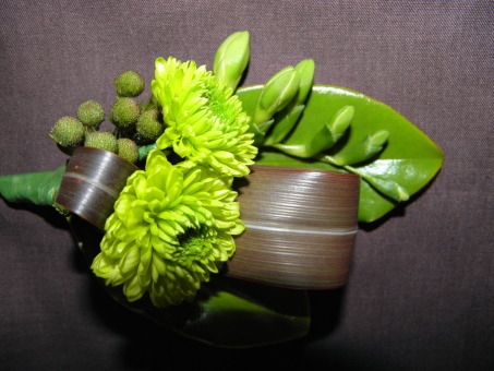 Buttonhole Green Chrysantheum