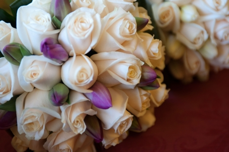 Kirsten, Roses and tulips bridal bouquet