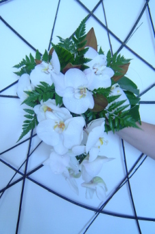 White Trail Bouquet