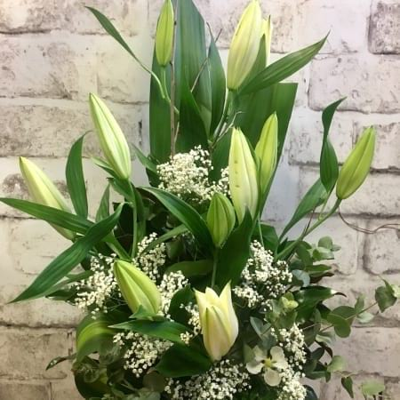 Oriental Lily and Babies Breath Arrangement