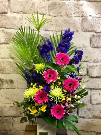 Fresh flowers, Gerberas, Disbud Chrysanthemums, Delphinium