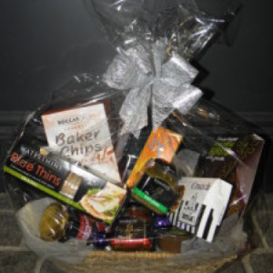 Medium Sweet & Savoury Hamper